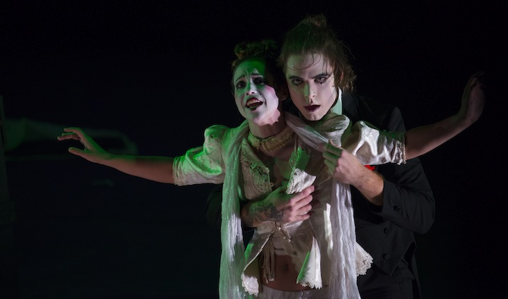 Polly Peachum (Stephanie Lloyd) and Macheath (Aaron Strand). Credit: Stungun Photography.